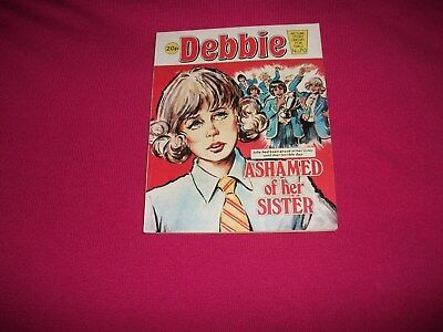 DEBBIE PICTURE STORY LIBRARY BOOK  l980's never been read:  ex condit!