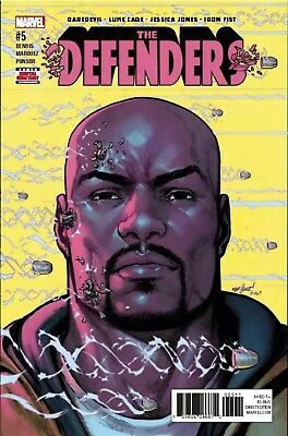 THE DEFENDERS #5 (2017) REG COVER - 1ST PRINT - MARVEL NM (Box 106)