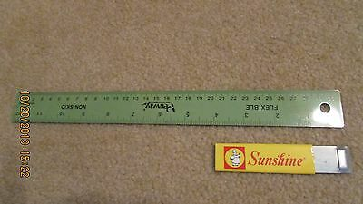 Sunshine Biscuits, Inc. Collectable Box Cutter