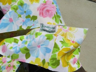 vintage pillowcases brady bunch or mad men floral lot halston springmaid shabby