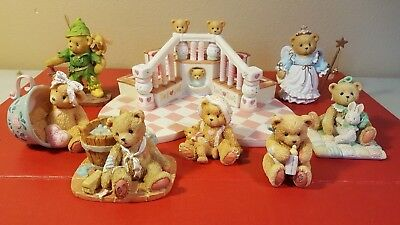 Lot of Cherished Teddies  - Excellent condition
