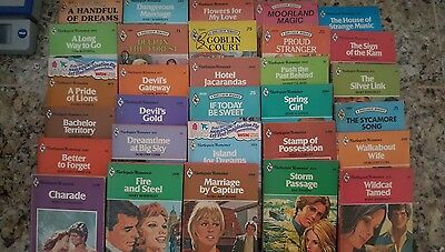 Lot of 30 Harlequin Romance Books * Entire Lot will all be this style of cover !