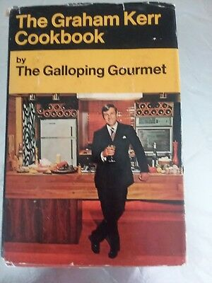 Vintage 1969 THE GRAHAM KERR COOKBOOK Galloping Gourmet