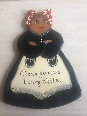 AFRICAN AMERICAN KITCHEN HANGABLE, MADE OF WOOD, 13 inches in length