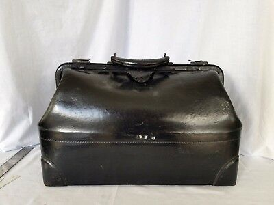 Vintage Medical Doctor leather bag
