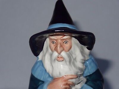 "Royal Doulton GANDALF 7"" Middle Earth Hobbit Figurine HN 2911 Tolkien Series"