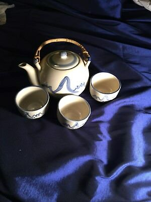 Vintage  Chinese Porcelain Teapot And Cups!  Pretty!