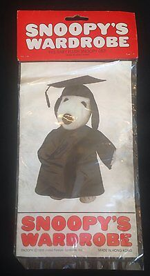 Peanuts Snoopy's  Wardrobe GRADUATION Outfit Clothes  - fits baby plush   NIP