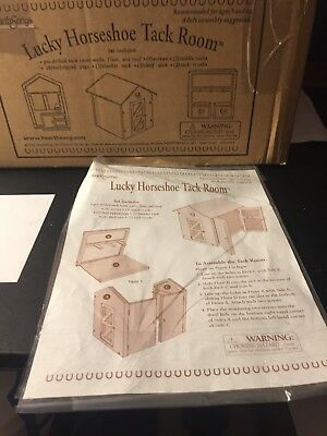 Hearthsong Lucky Horseshoe Tack Room Barn Breyer Accessories complete in box