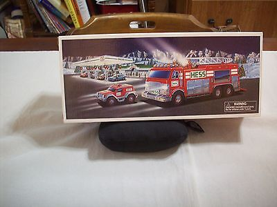 Hess Diecast Toy/Vehicle: 2005 Emergency Truck/Rescue Vehicle(New In Box)(#465)