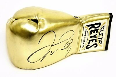New* Floyd Mayweather Hand Signed Gold Reyes Boxing Glove.Beckett Authentication