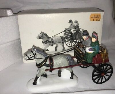 Dept 56 The Heritage Collection Red Christmas Sulky #58401 Great Condition