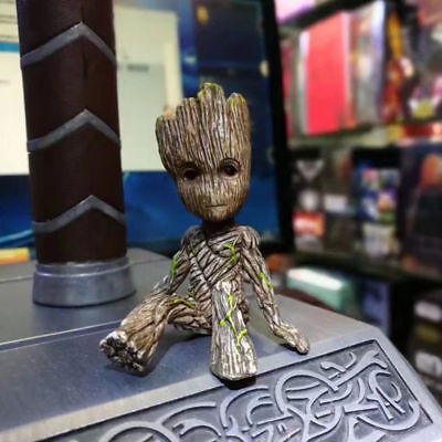 Lovely  X-mas Guardians of the Galaxy Groot Sitting Baby PVC Action Figure Toy