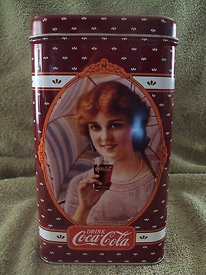 Coca-Cola Collector's Tin Box ~ Vintage Look