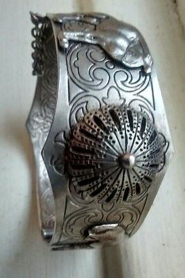 VINTAGE SOLID SILVER ORNATE MIDDLE EASTERN CUFF BANGLE BRACELET Hamsa amulet 45G