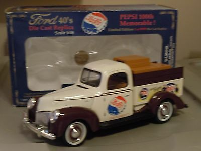 "Golden Wheel 1940 Ford Delivery truck bank 1:18 white/brown ""Pepsi"""