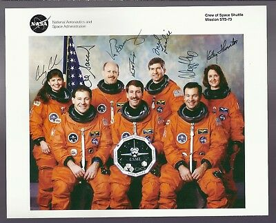 Autograph, Hand Signed,COLUMBIA STS-73 CREW PHOTO, SIGNED BY ALL 7 STS-73 ASTROS