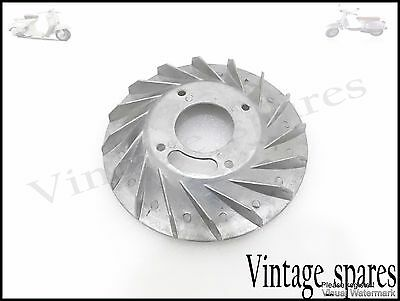 NEW VESPA 6v ENGINE FLY WHEEL FAN VBB/SPRINT/SUPER/RALLY