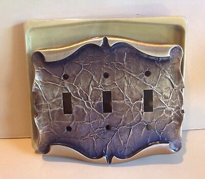 VTG AMEROCK CARRIAGE HOUSE Triple Switch Plate 3 Toggle Cover Antique Brass