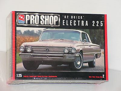 Amt #6116 1/25  1962 Buick Electra 225 Hardtop Fs