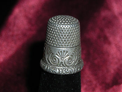 Victorian Sterling Silver Repousee Thimble #8  Marked M & D?