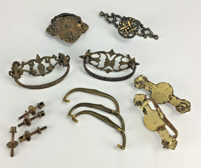 Mixed Lot of Ornate Antique Metal Drawer Handle Pulls