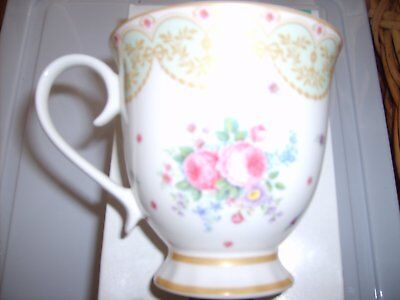 maxwell and williams Historic Palace Tea cup