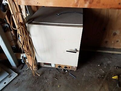 Fisher Scientific Lab Oven