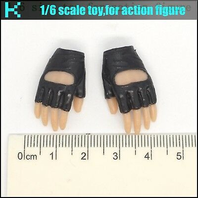 L40-27 1//6 scale sand OKLY GLOVE HANDS