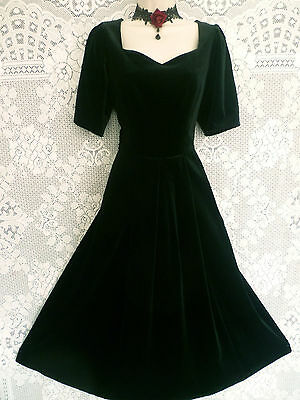 VINTAGE LAURA ASHLEY 1940s STYLE BLACK VELVET GOTHIC BEAUTY PARTY DRESS, UK 12