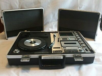 Vintage1970 Sanyo G231KLl-2 Briefcase Solid State Music centre phono radio tape