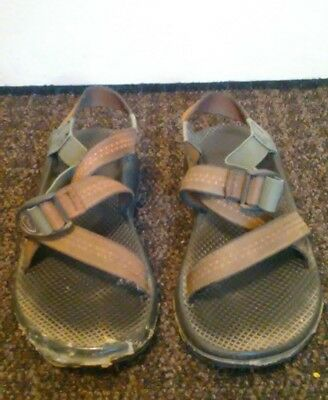 Chaco Water Sport Sandals Men's Size 9 Casual Brown USED