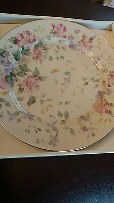 Andrea by sadek pink Flowers 10.75 cake plate and server new in box.
