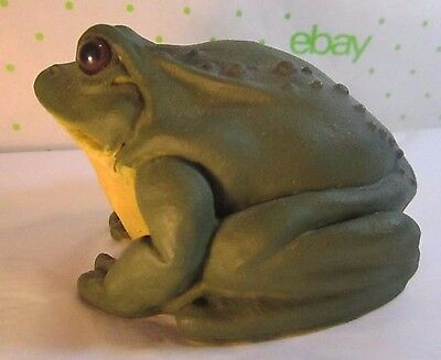 "Stone Critters Realistic Bull Frog 3x3.5""  Green Toad Glass Eyes"