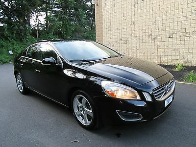2013 Volvo S60 T5 AWD NO RESERVE HEATED SEATS CITY SAFETY FULL SERVICED LIKE NEW HIGHWAY MILEAGE