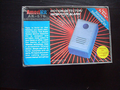MOTION DETECTOR- BUILD YOUR OWN_ AMERIKIT-  Electronic educational kit