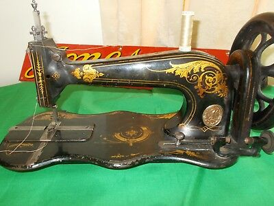 UNCOMMON Vintage Antique Singer 13k Fiddlebase Sewing Machine sews well 1879