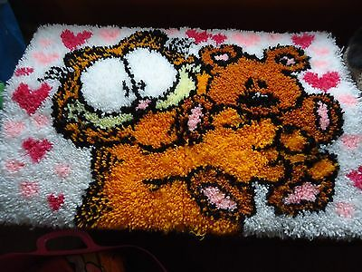Garfield and Pookie latch hook completed