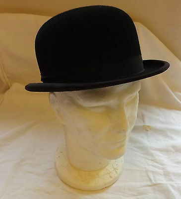 Original Vintage Gentlemen's Black Felt Bowler Hat Size Medium (2577)