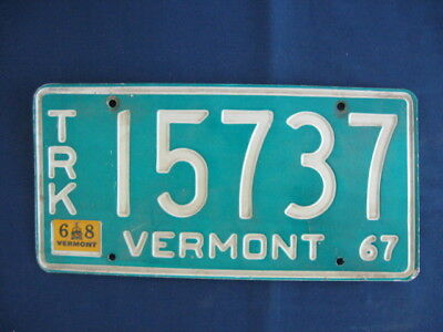 Vermont 1967-68  License Plate Number Trk. 15737 White On Green