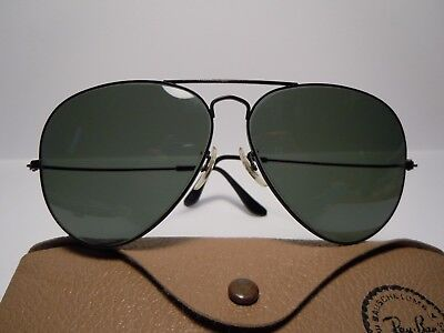 RAY BAN  Aviator Vintage 80's CAl. 62 by Bausch & Lomb  U.S.A. with its folder