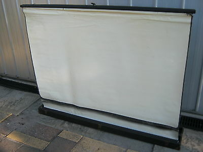 Vintage Raven New York USA Pull Up Projection Screen In Box,  P/up Frankston