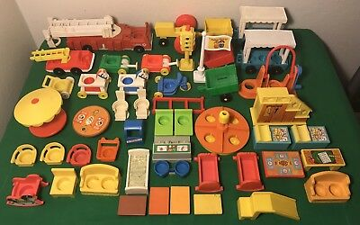Vintage Lot of 48 Fisher Price Little People Play Family Pieces Furniture Extras