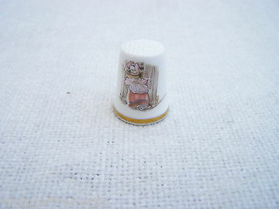 Lady Woodmouse Royal Doulton Thimble Autumn Jill Barklem 1983 ~ Excellent