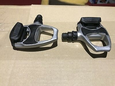 Shimano Pd-R540 Road Clipless Spd-Sl Pedals Silver