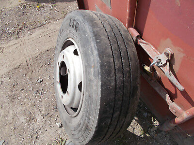 Continenthal 235/75R17,5