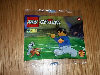 Lego 3305 - World Team Player . Rare polybag from 1998. New and sealed