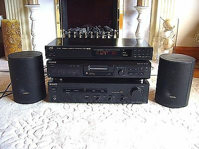 Sony Hi-Fi Separates Amplifier, SONY MiniDisc, JVC Tuner plus ARISTON Speakers