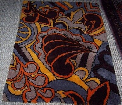 """Hand Made Hooked Area Floor Throw Rug Mid Century Design 35"""" x 48"""" Multi Color"""
