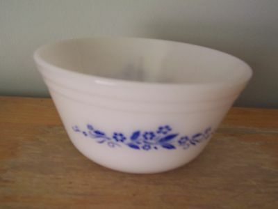 """Vintage 6"""" Federal Milk Glass Mixing Bowl - Blue Daisy Design"""